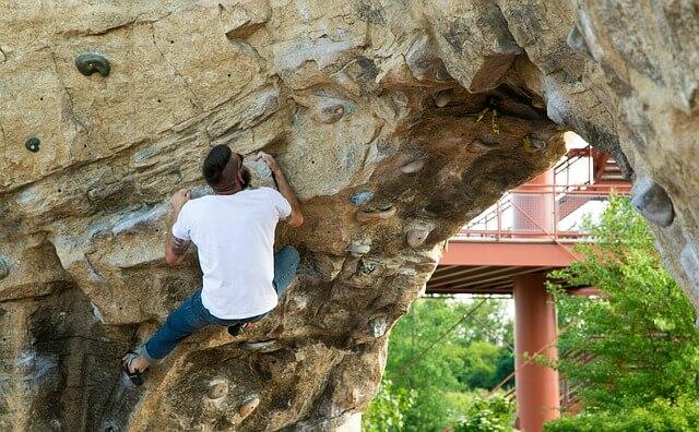 climbing-wall-