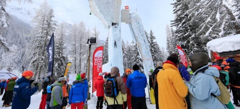 Competencia de escalada en hielo