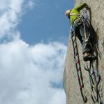 equipo basico para escalada artificial (1)
